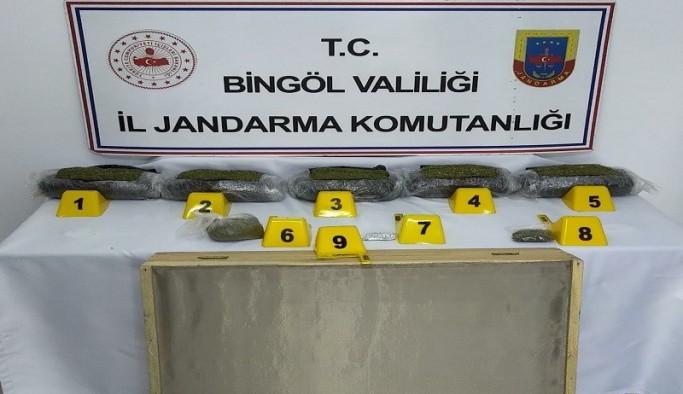 Bingöl'de 5,5 kilo toz esrar ele geçirildi