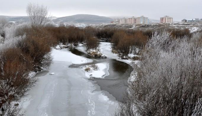 Doğu'da en soğuk yerleşim yeri Göle oldu: Eksi 25