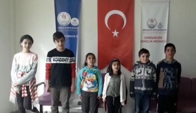 Tuncelili çocuklardan deprem için duyarlılık çağrısı