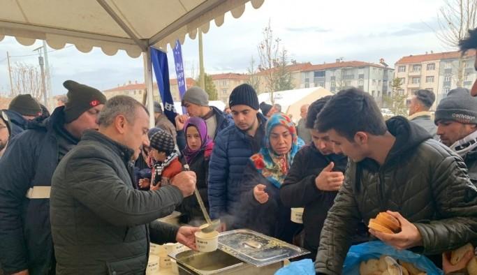 Vali Sonel'den Elazığ'da gönüllülük çalışmasına destek
