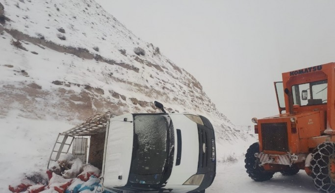 Çemişgezek'te kaza:2 yaralı