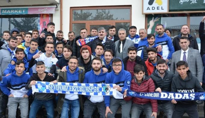 Erzurumspor taraftarı Aşkale Belediyesi'ni ziyaret etti