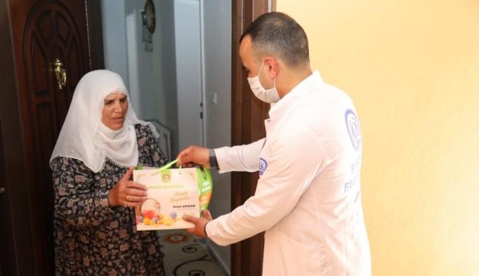 Bingöl Belediyesi'nden bin 500 aileye bayram hediyesi