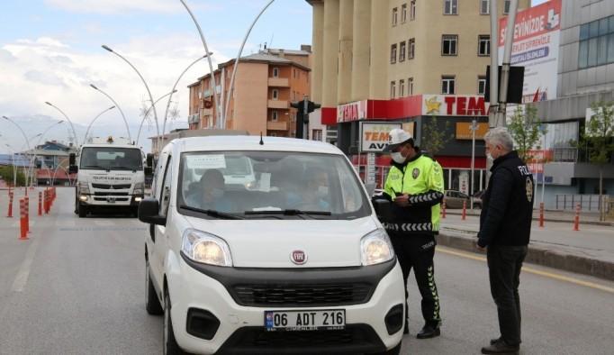 Erzurum'da Bayramın Birinci Günü Kısıtlamaya Uymayan ...