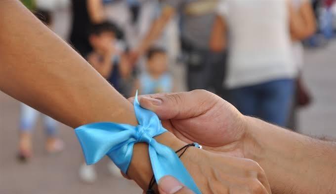 UCİM Saadet Öğretmen Çocuk İstismarı İle Mücadele Derneği'nden çağrı: 'Çocuklar için mavi kurdele tak'