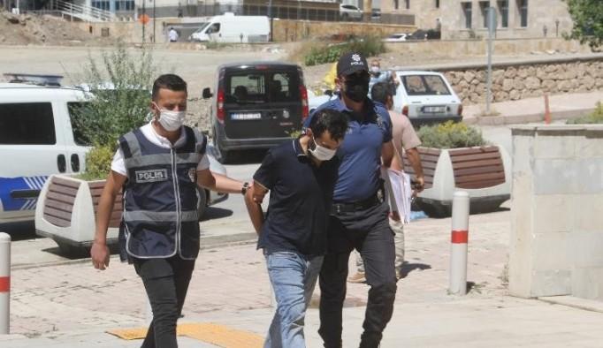Elazığ'da cep telefonu hırsızı tutuklandı