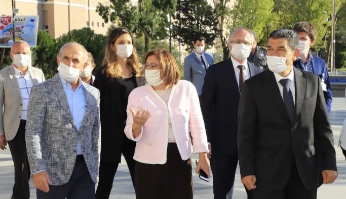 Başkan Akgün, TBB Başkanı Fatma Şahin'i ağırladı