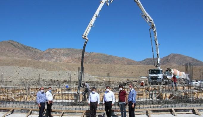 Cağ kebabı fabrika inşaatı devam ediyor