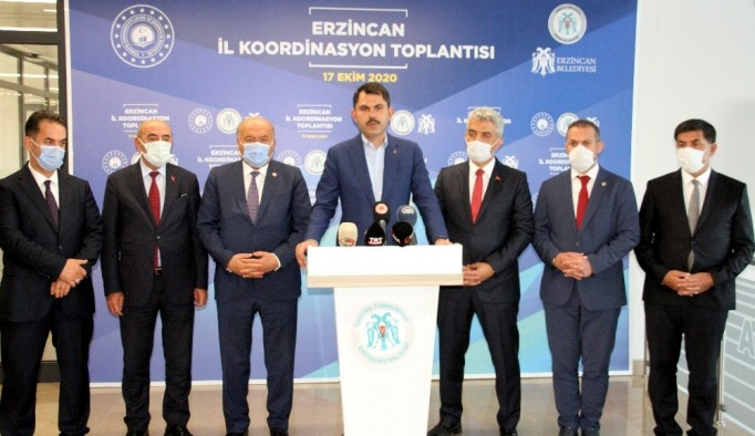 """Bakan Kurum: """"Türk milleti olarak Azerbaycanlı kardeşlerimizin hep yanında olacağız"""""""