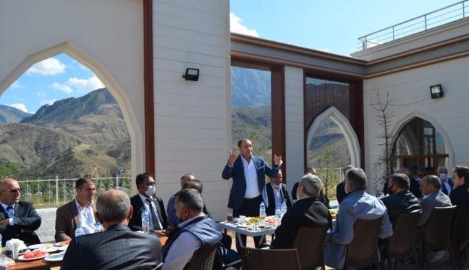 Uzundere'de MHP buluşması