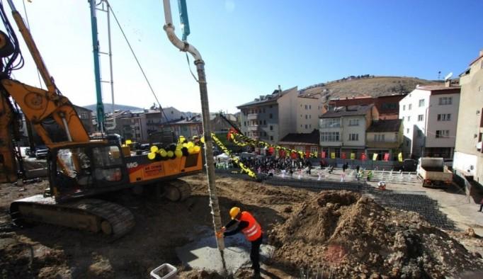 Veli Şaban Çok Katlı Kapalı Otoparkın temeli atıldı