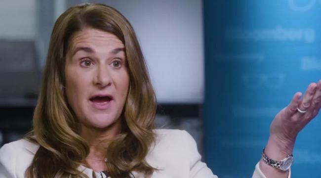 """Melinda Gates: """"Covid-19'a karşı sürü bağışıklığı 2022'de geliştirilebilir"""""""