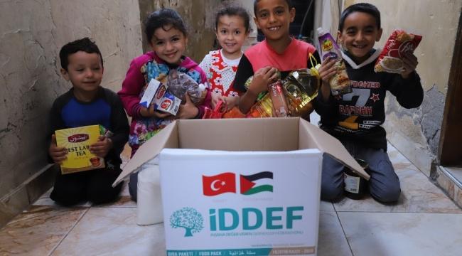 Türk hayırseverlerin yardımları 40 ülkeye ulaşacak