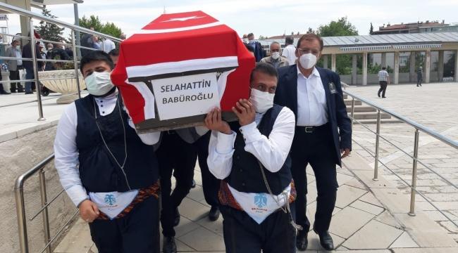 Babüroğlu'nun cenazesini dadaşlar taşıdı - Alo 25