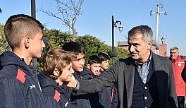 Şenol Güneş'ten genç futbolculara öğüt