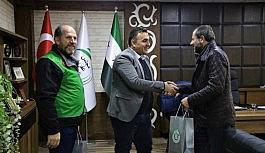 Afrin'de yüreklere dokunan belediye başkanı