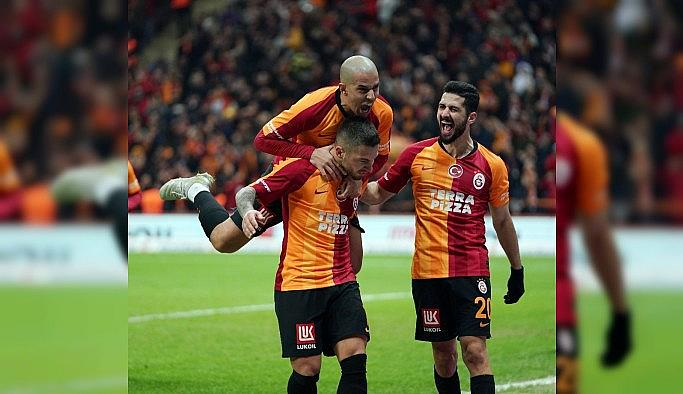 Galatasaray seriye bağladı, zirveye yürüyor