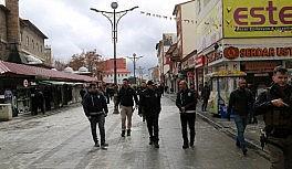 Ağrı'da polisin 'Evde Kal' çağrılarına İl Emniyet Müdürü Özen de katıldı