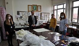 Milas'ta yıkanabilir maske üretimine başlanıldı