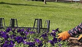 Gölbaşı park ve bahçelerinde çalışmalar sürüyor