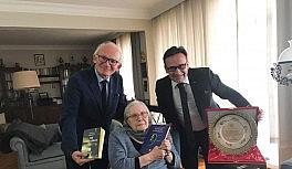Edebiyatın seçkin kalemi Adalet Ağaoğlu hayatını kaybetti