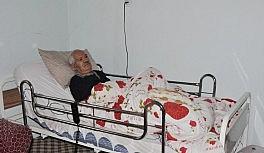 Felçli hastaya Kaymakam Mehmetbeyoğlu destek çıktı