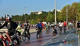 Tuzla'da sosyal mesafeli bisiklet ve yürüyüş etkinliği
