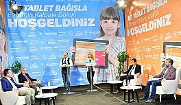 3 saat süren canlı yayında bin 161 tablet bağışlandı