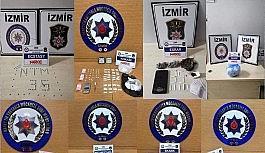İzmir'de zehir tacirlerine ardı ardına baskınlar: 13 kişi tutuklandı