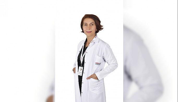"""Enfeksiyon Hastalıkları Uzmanı Dr. Kacar: """"AIDS semptom vermeksizin yıllarca vücutta bulunabilir"""""""