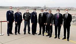 """ABD Büyükelçiliği: """"Amerikalılar ve Türkler Covid-19'u birlikte çaba göstererek yenecek"""""""