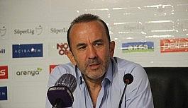 """Mehmet Özdilek: """"Bu maçtan çıkaracağımız..."""