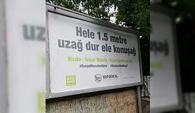 Korona virüse karşı  şiveli billboard uyarısı